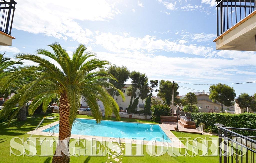 Jardín - Piso en alquiler en calle Sardana, Cent en Sitges - 394784320