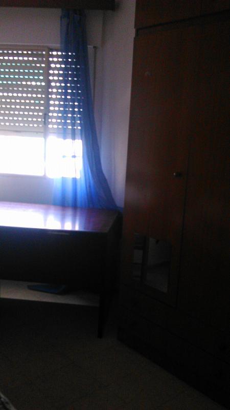 Dormitorio - Piso en alquiler en calle San Vicente de Paúl, Zona Ronda de Triana en Sevilla - 304359603