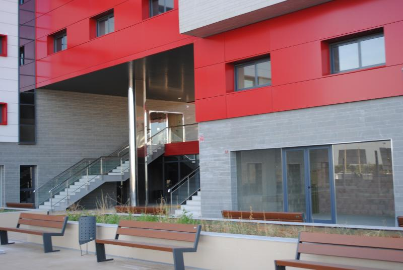 Jardín - Oficina en alquiler en calle Platino, Sevilla - 86060230