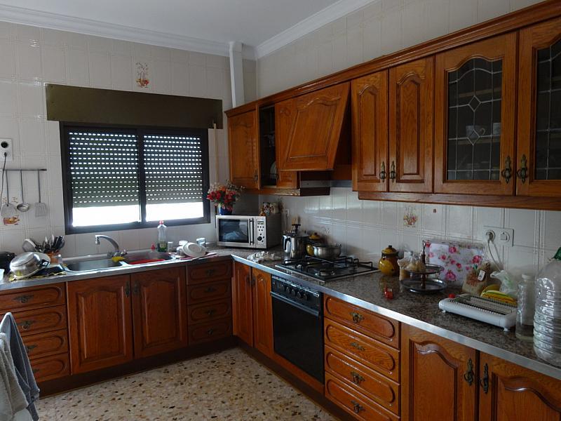 Cocina - Casa en alquiler en calle De Sevilla, Tocina - 133764735