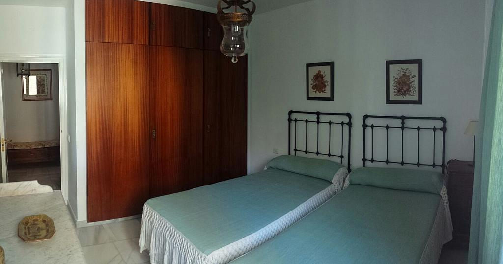 Dormitorio - Piso en alquiler en calle Eduardo Dato, Nervión en Sevilla - 331823543