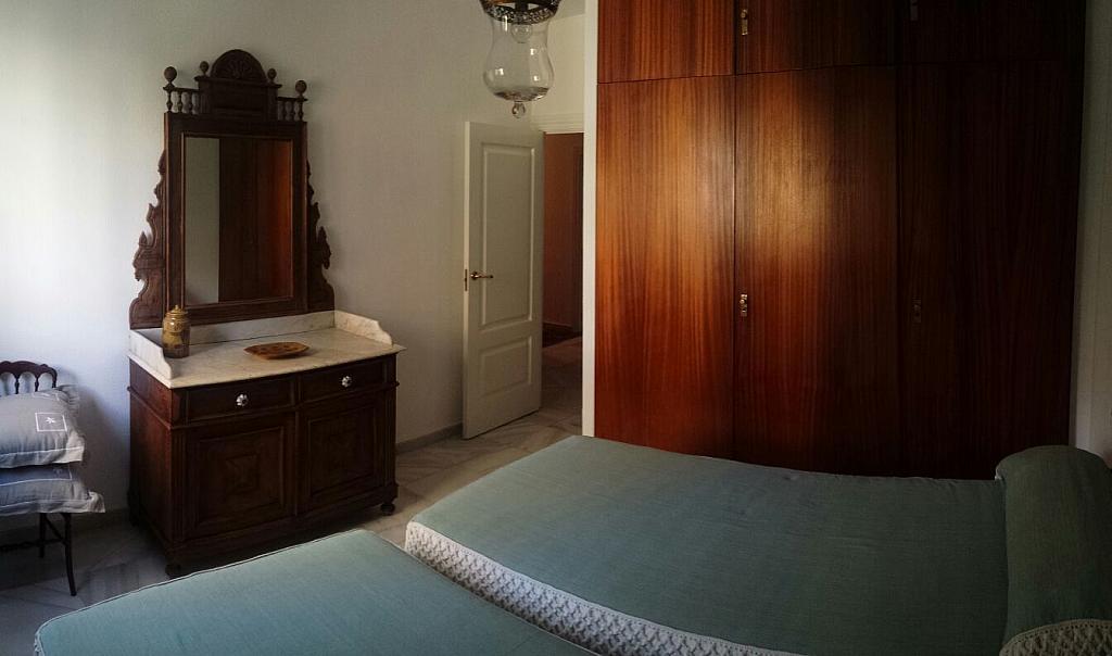 Dormitorio - Piso en alquiler en calle Eduardo Dato, Nervión en Sevilla - 331823544
