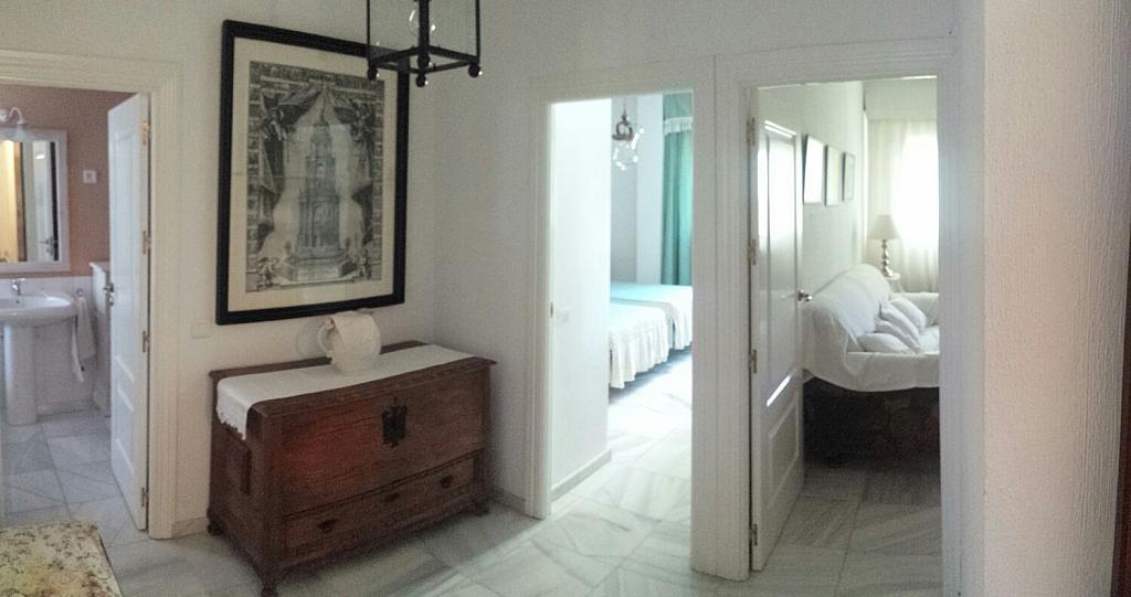 Pasillo - Piso en alquiler en calle Eduardo Dato, Nervión en Sevilla - 331823556