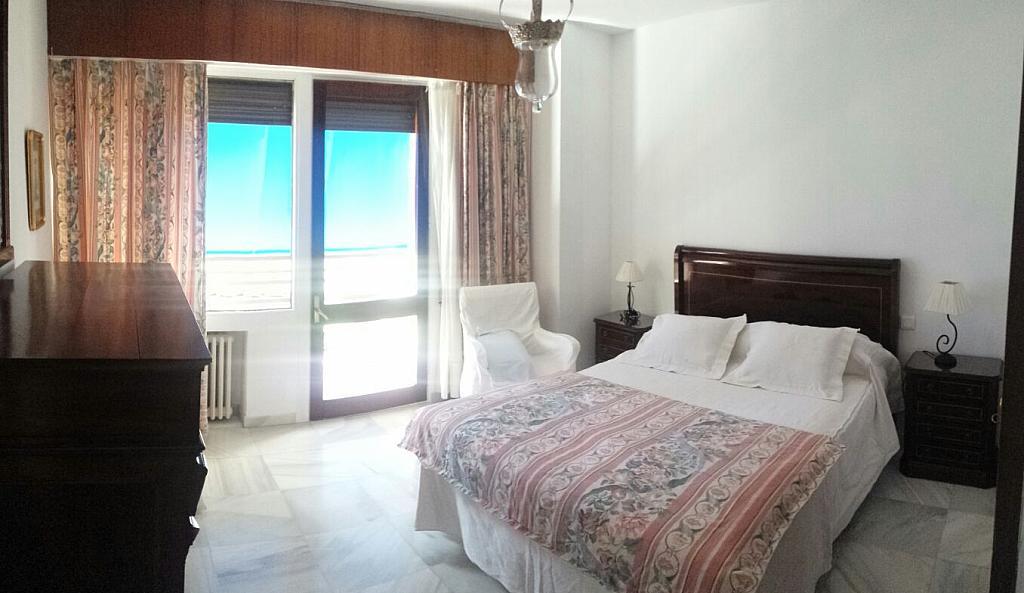 Dormitorio - Piso en alquiler en calle Eduardo Dato, Nervión en Sevilla - 331823567