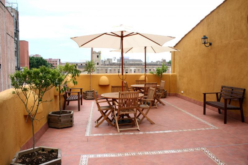 Terraza - Apartamento en alquiler de temporada en calle Fluvia, Provençals del Poblenou en Barcelona - 111763342