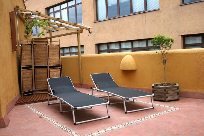 Terraza - Apartamento en alquiler de temporada en calle Fluvia, Provençals del Poblenou en Barcelona - 111763343