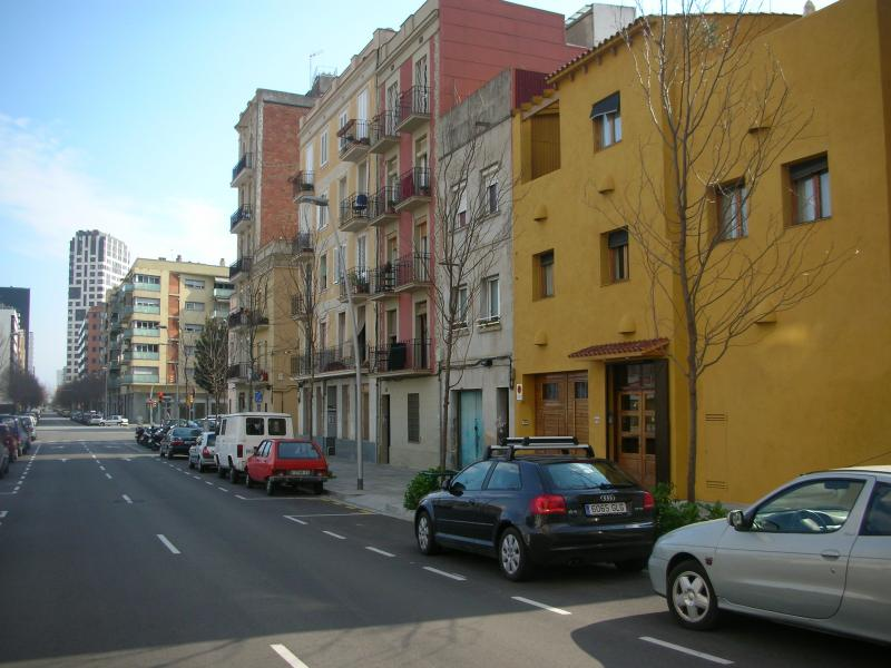 Fachada - Apartamento en alquiler de temporada en calle Fluvia, Provençals del Poblenou en Barcelona - 112852000