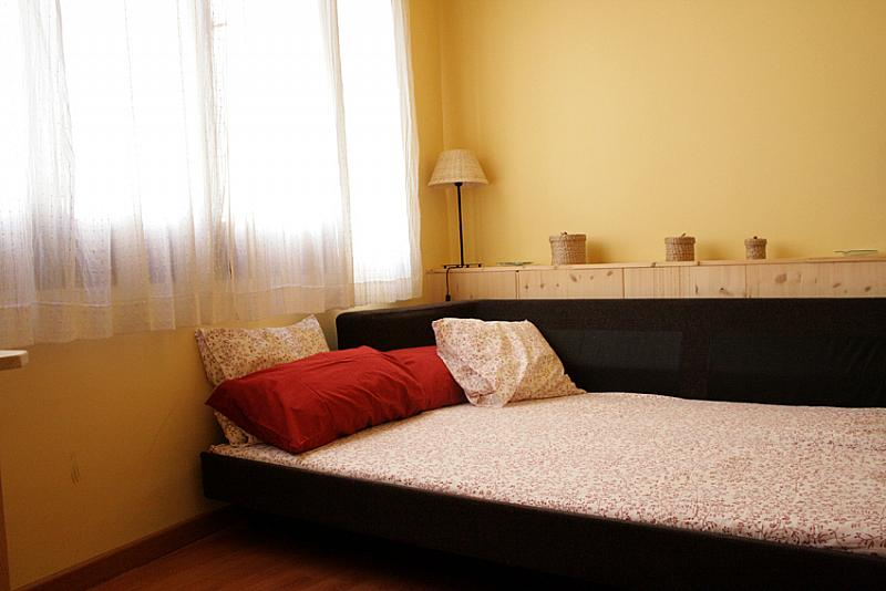 Salón - Apartamento en alquiler de temporada en calle Fluvia, Provençals del Poblenou en Barcelona - 146150452