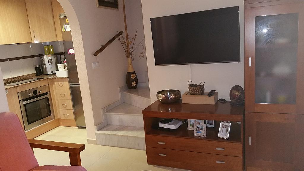 Salón - Casa adosada en alquiler opción compra en calle Creta, Gran Alacant en Santa Pola - 317180318