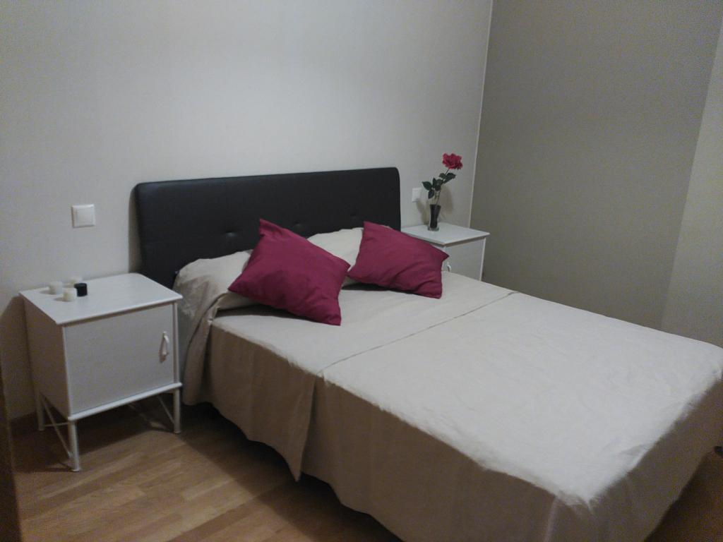 Dormitorio - Piso en alquiler en pasaje Angostura, Pedrezuela - 359926319