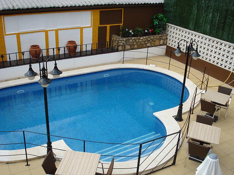 Piscina - Local comercial en alquiler en plaza Passatge Sant Ramon, Centre vila en Vilafranca del Penedès - 148282947