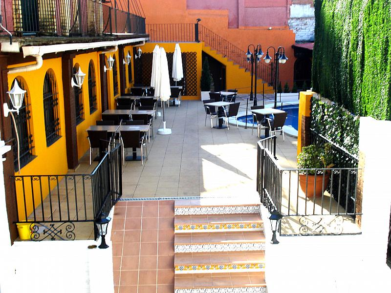 Terraza - Local comercial en alquiler en plaza Passatge Sant Ramon, Centre vila en Vilafranca del Penedès - 148282952