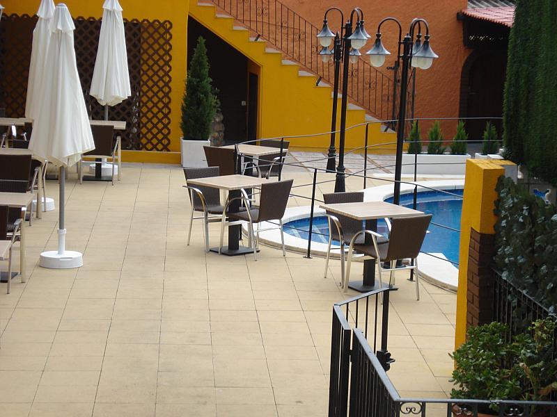 Terraza - Local comercial en alquiler en plaza Passatge Sant Ramon, Centre vila en Vilafranca del Penedès - 148282955