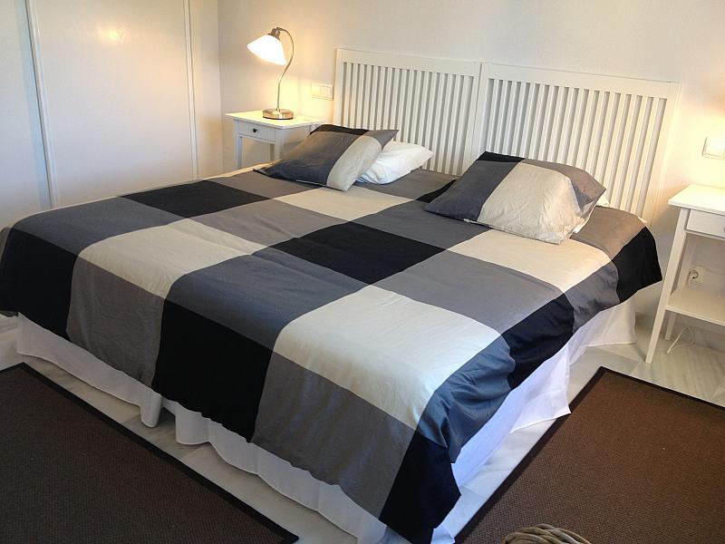 Dormitorio - Apartamento en alquiler de temporada en urbanización Conjunto Amatista, Divina Pastora en Marbella - 134340008