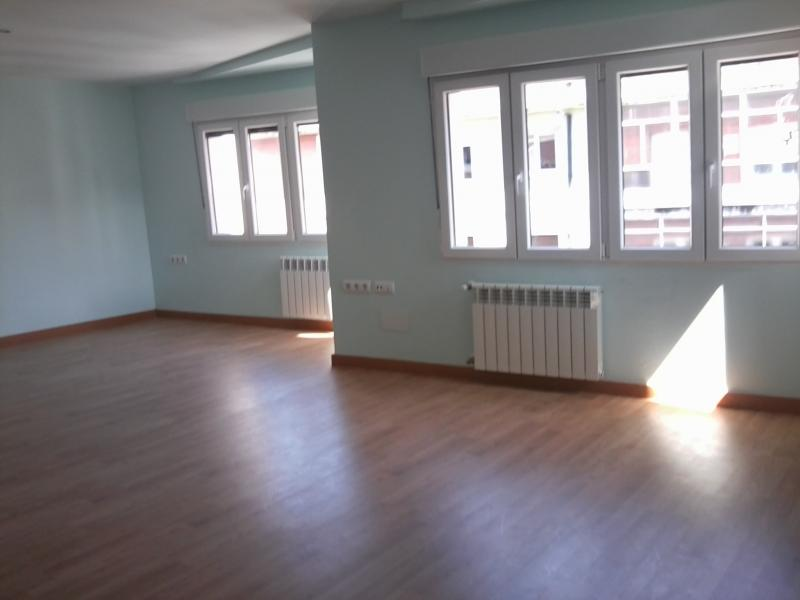 salon-piso-en-venta-en-enrique-martinez-centro-en-gijon-119091833