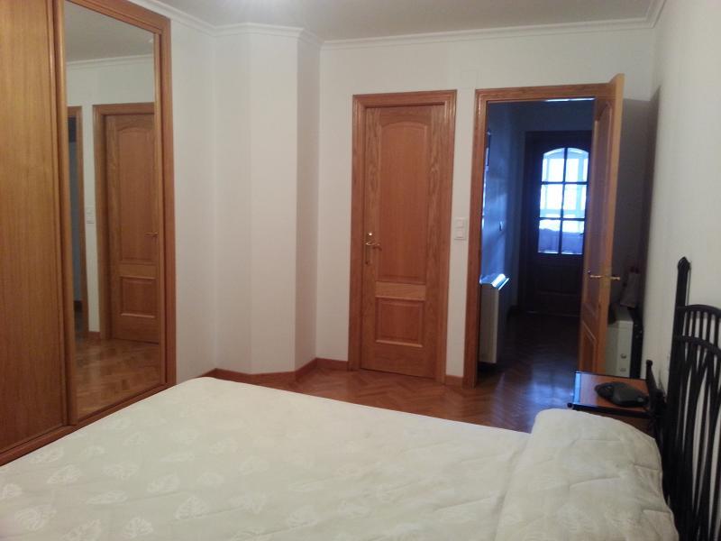 Dormitorio - Piso en venta en calle Lodeiro, Viveiro - 118646079