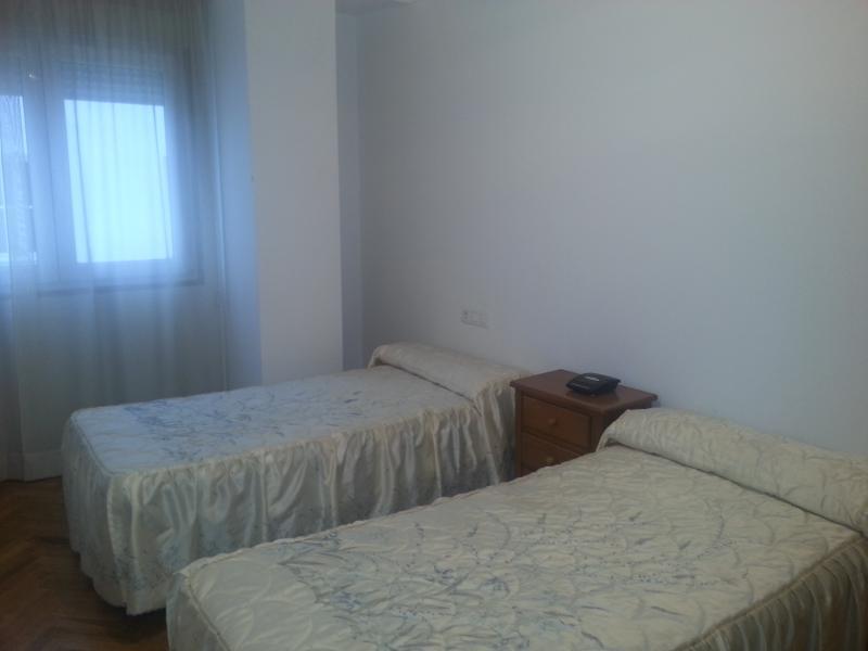 dormitorio-piso-en-venta-en-lodeiro-viveiro-118646392