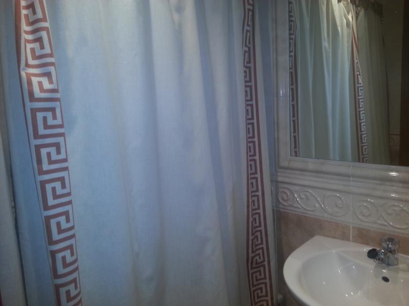 Baño - Piso en venta en calle Lodeiro, Viveiro - 118646478