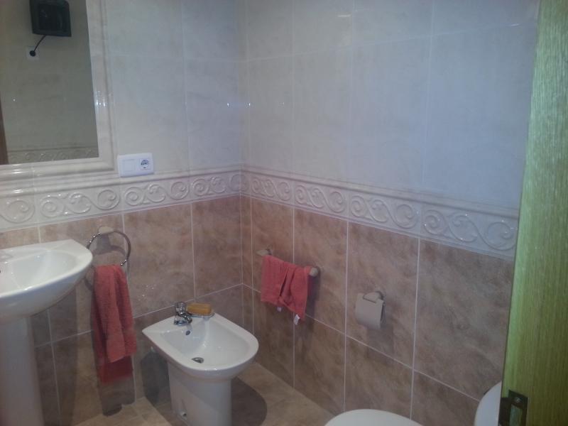 Baño - Piso en venta en calle Lodeiro, Viveiro - 118646855