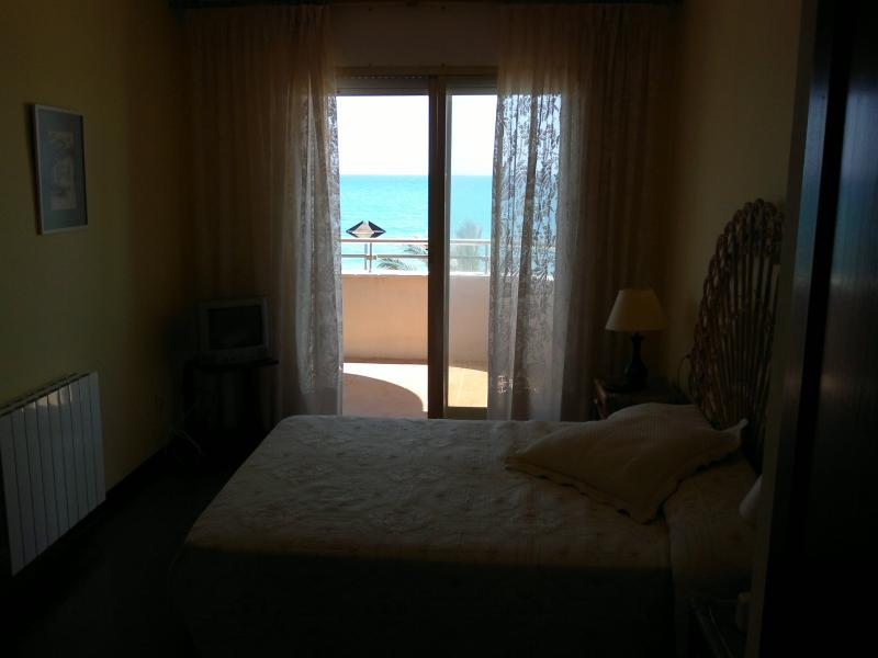 Dormitorio - Piso en alquiler de temporada en calle Joan Salvat Papasseit, Mas Mel en Calafell - 119150258