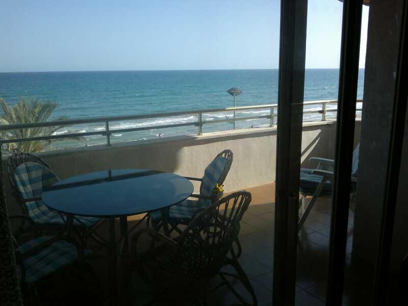 Terraza - Piso en alquiler de temporada en calle Joan Salvat Papasseit, Mas Mel en Calafell - 119150262