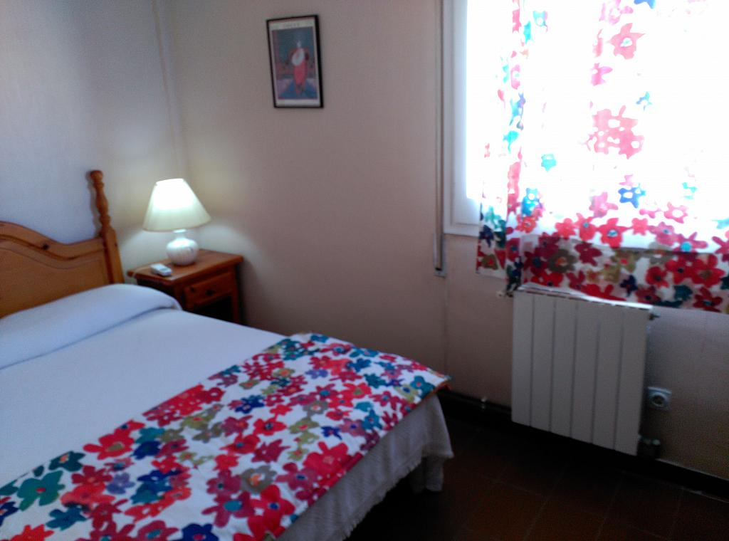 Dormitorio - Piso en alquiler de temporada en calle Joan Salvat Papasseit, Mas Mel en Calafell - 311813217