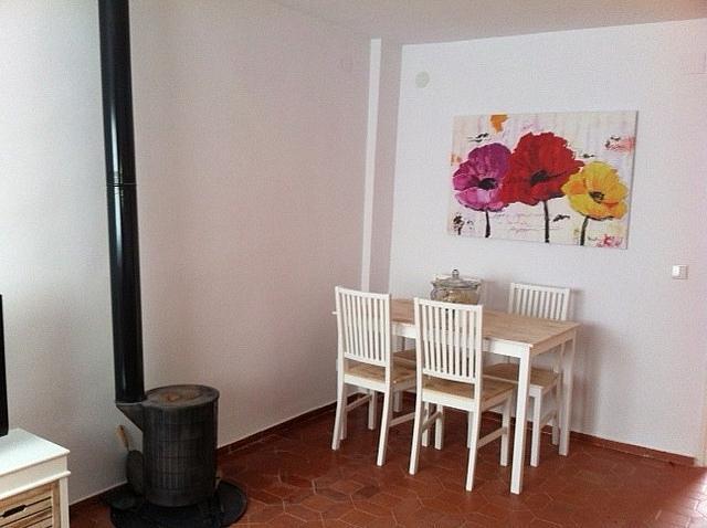 Comedor - Apartamento en alquiler de temporada en edificio Riaño, Alcalá de la Selva - 134348281