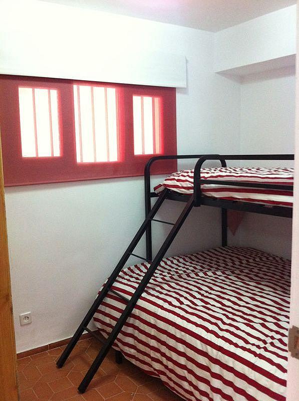 Dormitorio - Apartamento en alquiler de temporada en edificio Riaño, Alcalá de la Selva - 134348320