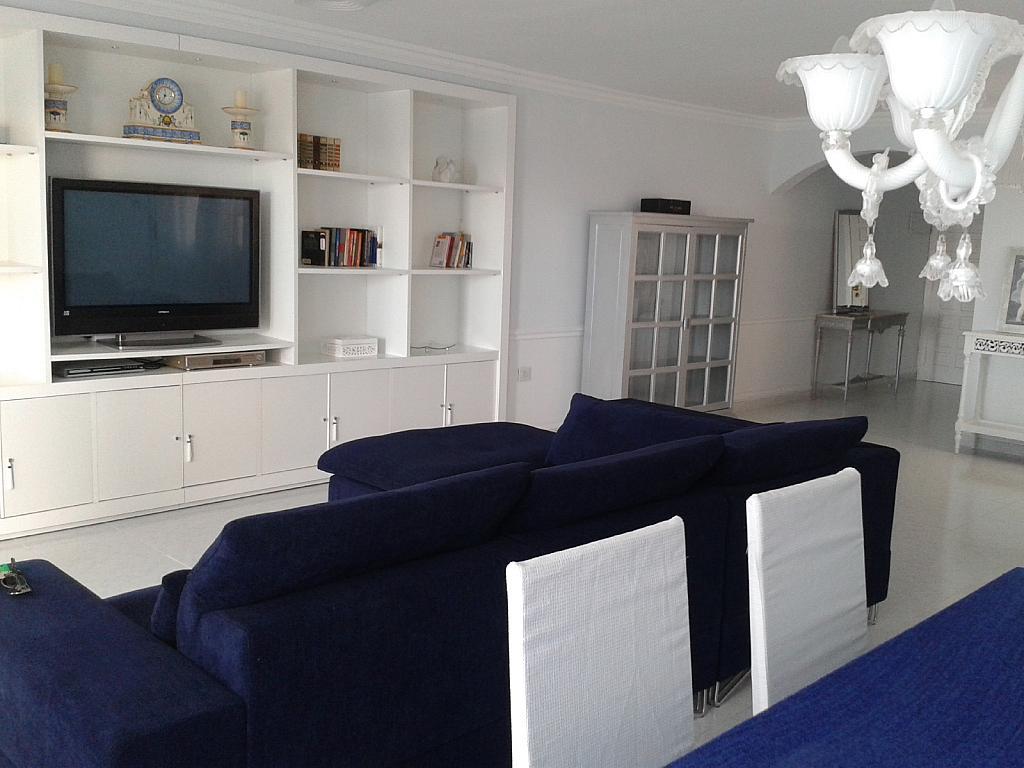 Salón - Apartamento en alquiler en urbanización La Olla, Altea - 330137949