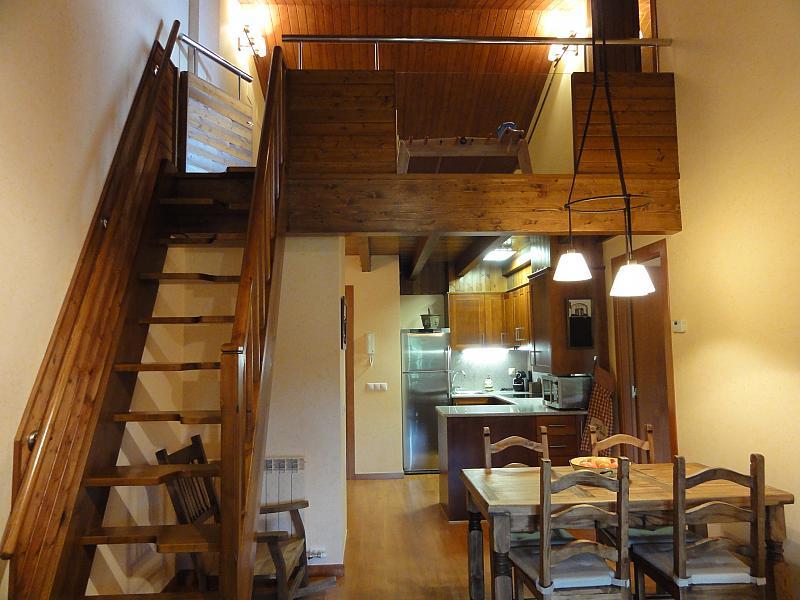 Buhardilla - Apartamento en venta en calle Fontcanaleta, Alp - 144866897