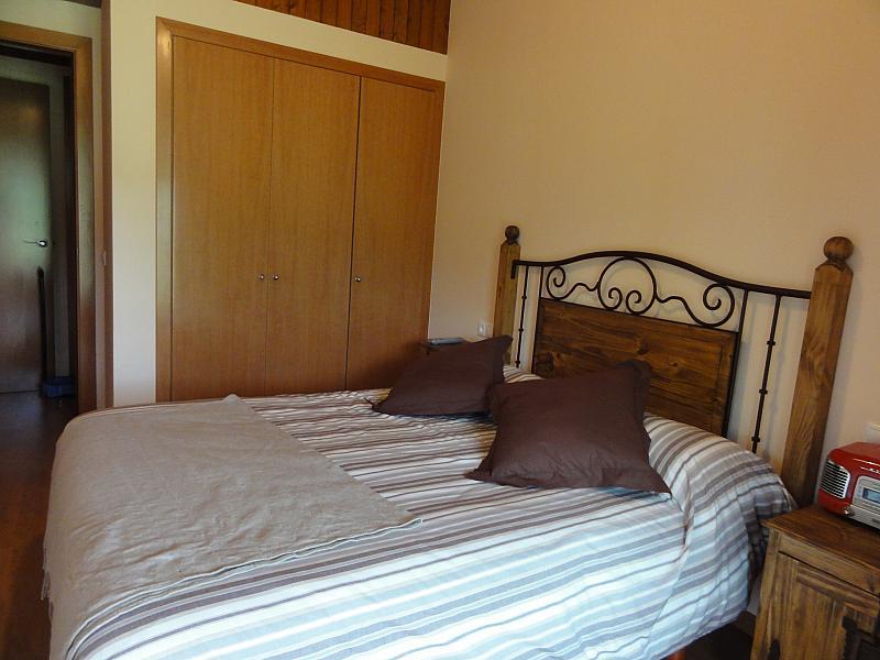 Dormitorio - Apartamento en venta en calle Fontcanaleta, Alp - 144867822