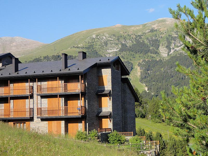 Vistas - Apartamento en venta en calle Fontcanaleta, Alp - 144869527