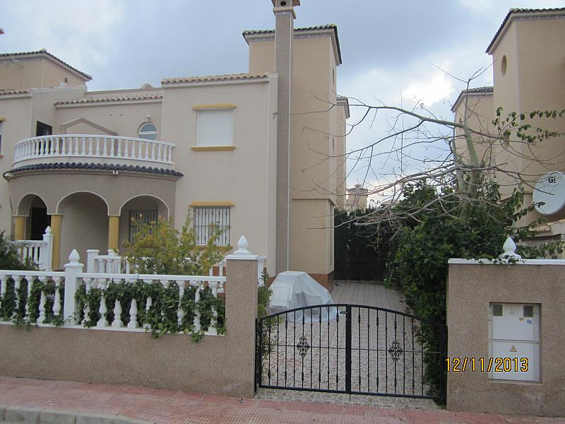 Fachada - Chalet en alquiler de temporada en calle Báltico, Orihuela-Costa - 128533767