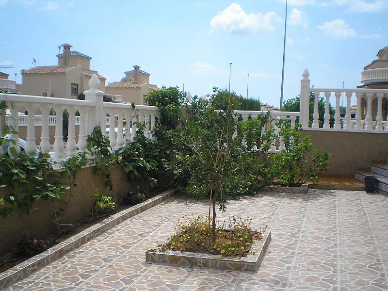 Jardín - Chalet en alquiler de temporada en calle Báltico, Orihuela-Costa - 128534635