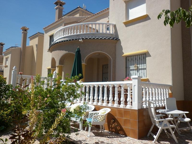 Terraza - Chalet en alquiler de temporada en calle Báltico, Orihuela-Costa - 236007313