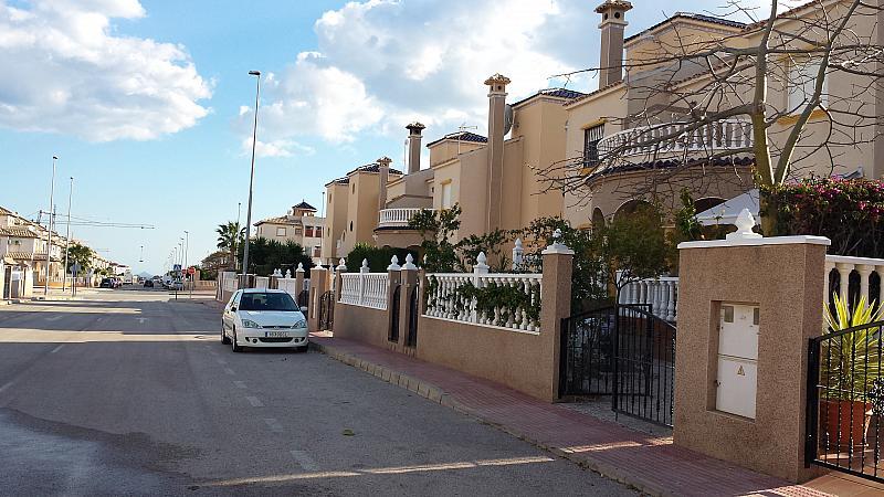 Fachada - Chalet en alquiler de temporada en calle Báltico, Orihuela-Costa - 260471280