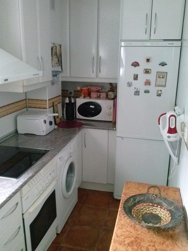 Cocina - Piso en alquiler en calle Uruguay, La barriada Rio San Pedro en Puerto Real - 141918138