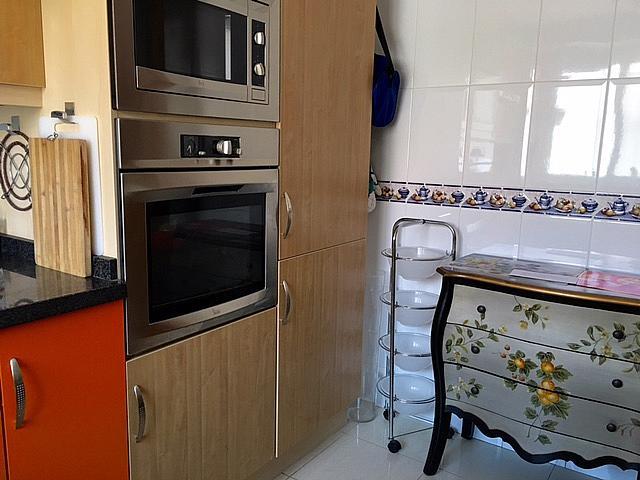 Cocina - Casa adosada en alquiler en pasaje Estonia, Torrequebrada en Benalmádena - 327649959