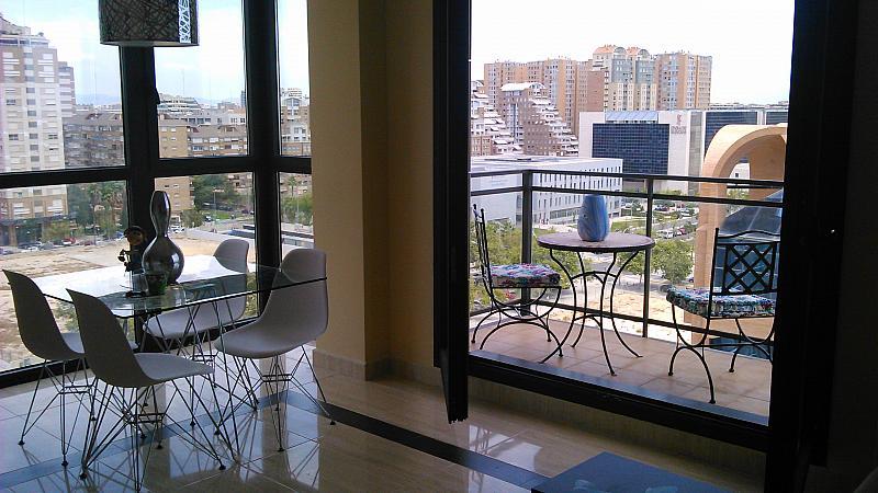 Comedor - Apartamento en alquiler de temporada en calle General Urrutia, Ciutat de les Arts i les Ciències en Valencia - 142394138