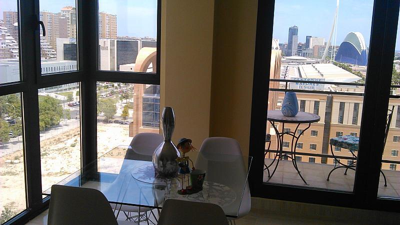 Comedor - Apartamento en alquiler de temporada en calle General Urrutia, Ciutat de les Arts i les Ciències en Valencia - 142394194