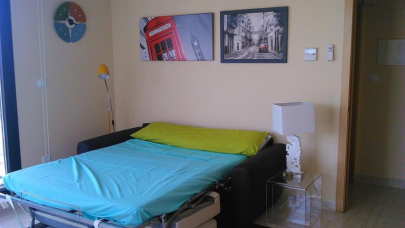 Comedor - Apartamento en alquiler de temporada en calle General Urrutia, Ciutat de les Arts i les Ciències en Valencia - 142394261