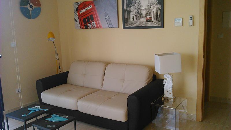 Comedor - Apartamento en alquiler de temporada en calle General Urrutia, Ciutat de les Arts i les Ciències en Valencia - 142394348