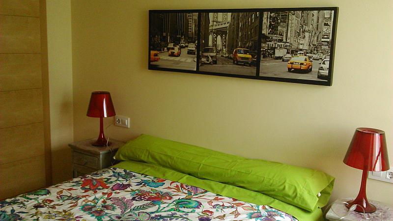 Dormitorio - Apartamento en alquiler de temporada en calle General Urrutia, Ciutat de les Arts i les Ciències en Valencia - 142394407