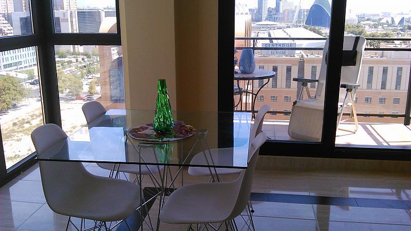 Comedor - Apartamento en alquiler de temporada en calle General Urrutia, Ciutat de les Arts i les Ciències en Valencia - 149136955
