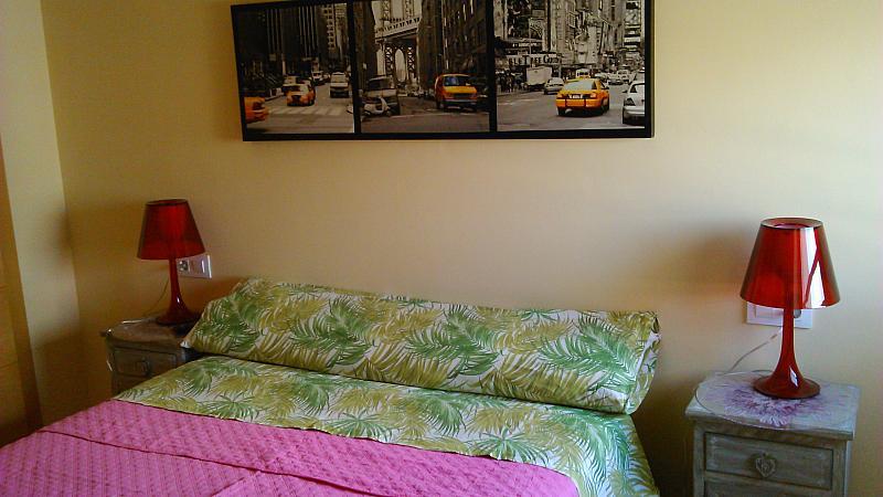 Dormitorio - Apartamento en alquiler de temporada en calle General Urrutia, Ciutat de les Arts i les Ciències en Valencia - 149136976