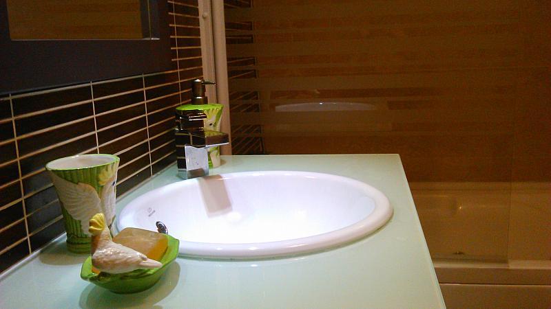 Baño - Apartamento en alquiler de temporada en calle General Urrutia, Ciutat de les Arts i les Ciències en Valencia - 149136988