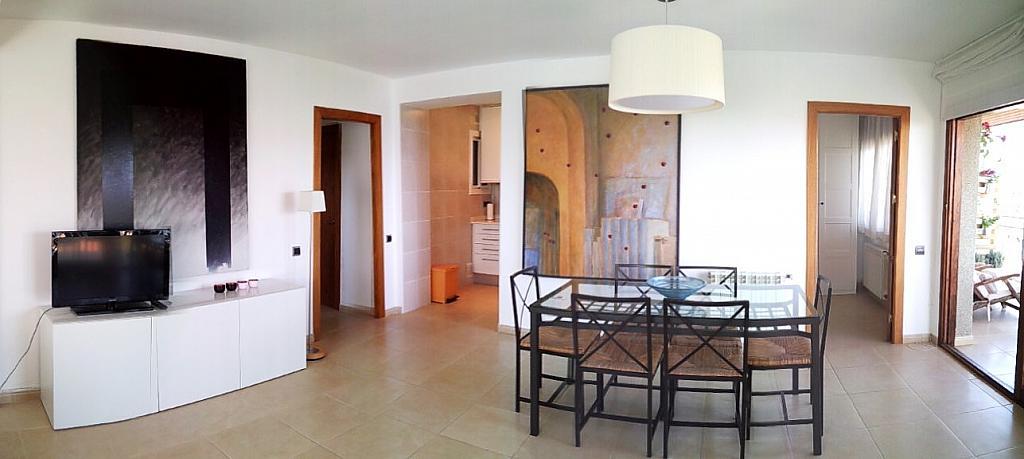 Salón - Ático en alquiler de temporada en carretera De Palamós, Sant Feliu de Guíxols - 300290435