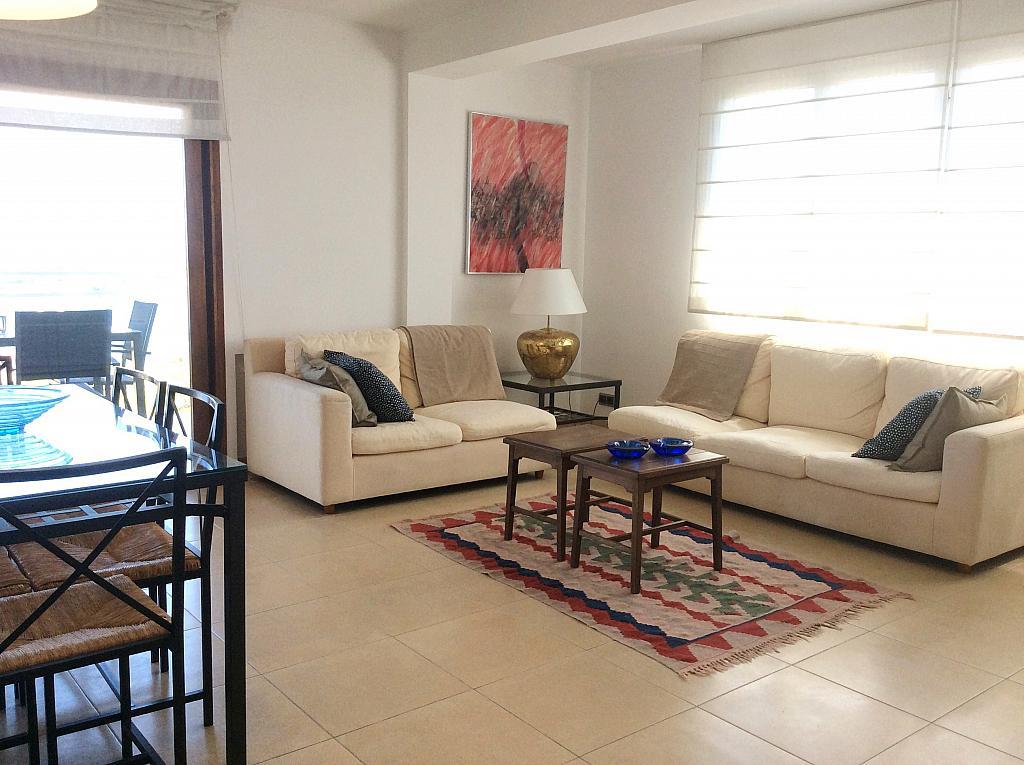 Salón - Ático en alquiler de temporada en carretera De Palamós, Sant Feliu de Guíxols - 300290444