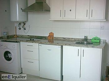 Cocina - Piso en alquiler en calle Rosita Ferrer, Roquetas de Mar - 124426997