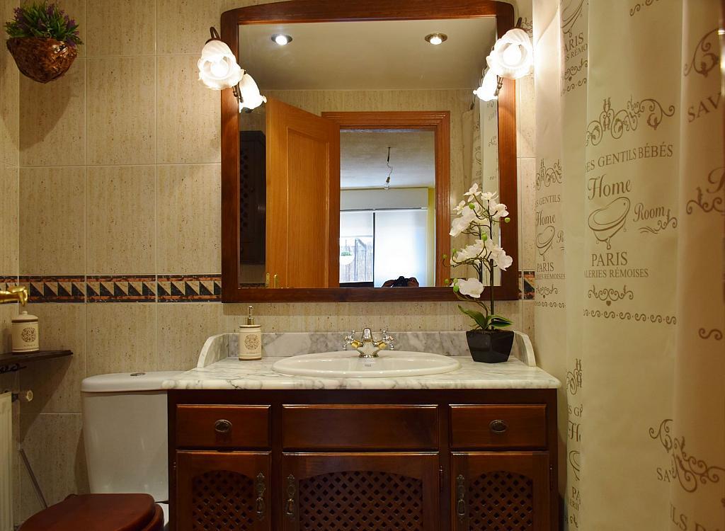 Baño - Piso en alquiler en calle Monaco, Rosas-Musas en Madrid - 301813199